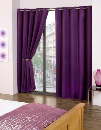 PLAIN PURPLE COLOUR READYMADE THERMAL BLACKOUT LIGHT REDUCING EYELET CURTAINS